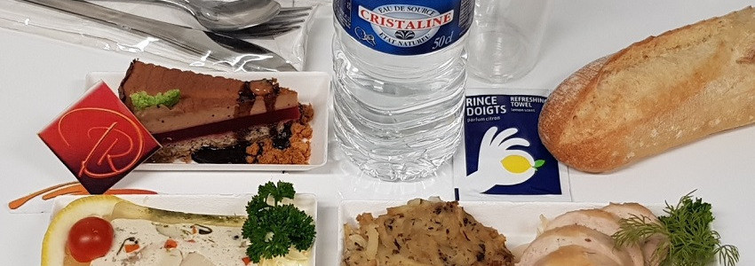 Plateau repas avec plat à réchauffer