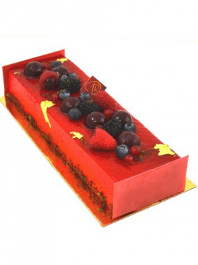 Bûche Pistache Fruits Rouges 8/10 parts